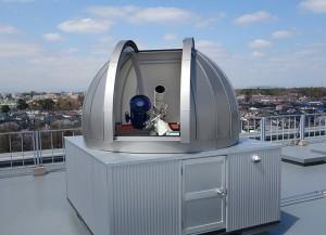 西館屋上に設置されたミニ天文台