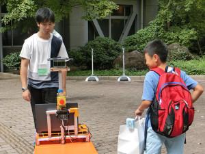 小林研究室 「自由自在な自律移動型ロボット」